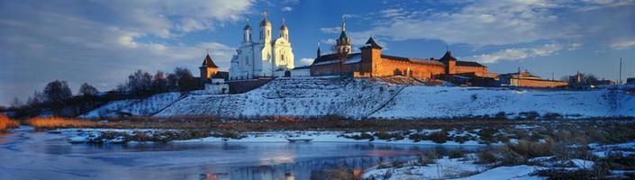 Zimnenskiy Svyatogorskiy the Uspenskiy monastery photo