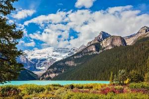 The picturesque promenade on glacial Lake Louise photo