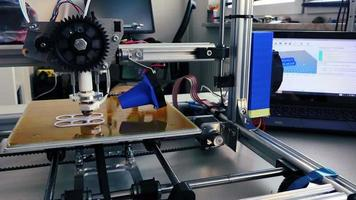 print prototype on 3D printer