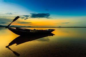 velho barco de pesca