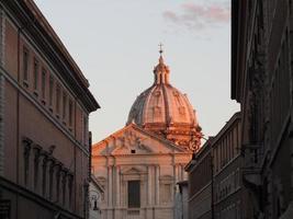 Rome, St. Peter's Basilica at night