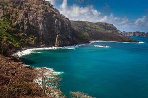 Fernando de Noronha, isla en el noreste de Brasil foto