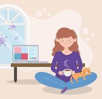 mujer embarazada tomando té en casa