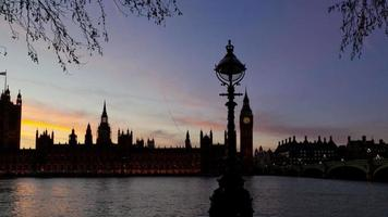 Houses of Parliament, London. Tracking time lapse at sunset. video