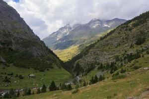 Bujaruelo valley, mountains of the Pyrenees