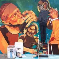renton, washington, 2020 - hombre pintando un mural