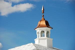 Cupela de latón en el techo en Palm Beach, Florida foto