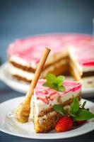 Honey cake with strawberries