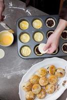 Baking small pies photo