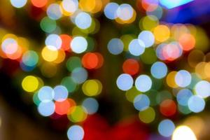 luces desenfocadas iluminadas
