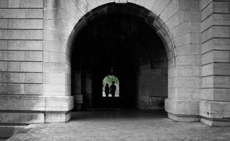 Tunnel Pedonale con Persone photo