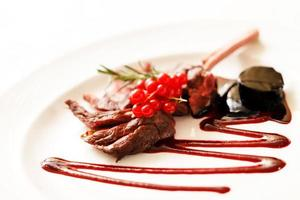 Grilled Rack of Lamb with red currant