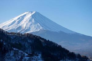 Monte Fuji Japón desde el lago Kawaguchiko foto