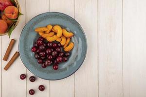 Surtido de frutas de mediados de otoño de fondo con espacio de copia