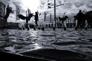 Sydney, Australia, 2020 - Grayscale of people near water fountain