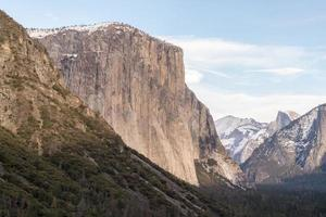 Beautiful Yosemite Valley during daytime