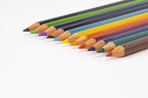 lápices de colores en foco