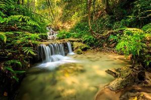 maravillosa cascada en tailandia, pugang chiangrai