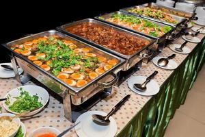 buffet de comida tailandesa.