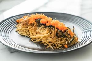Spaghetti with sausage and roe