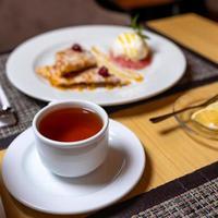 té de la tarde y pastel