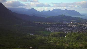 Zoomed Look at Honolulu from the Pali Range 4K