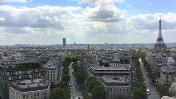 vue aérienne de paris, france et la tour eiffel 4k video
