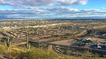 vista aérea da cidade de tucson, arizona, em 4k video