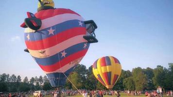 Ascending hot air balloon video
