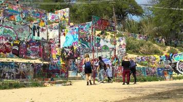 impressionante muro d'arte