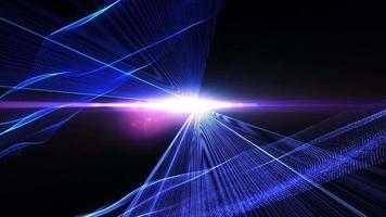 raggi laser blu e maglia tratteggiata incandescente su sfondo scuro