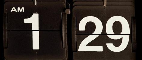cambio de reloj retro de 01:29 am a 01:30 am en 4k