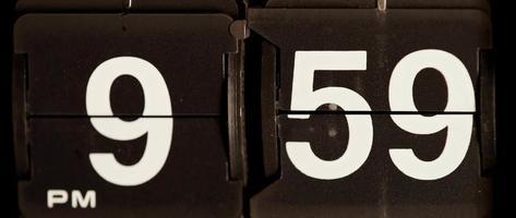 cambio de reloj retro de 09:59 p.m. a 10:00 p.m.en 4k