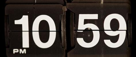 cambio de reloj retro de 10:59 pm a 11:00 pm en 4k