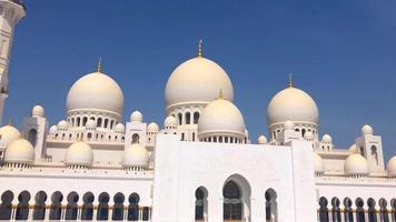 mezquita sheikh zayed al kabeer en abu dhabi