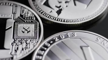 Tiro giratorio de bitcoins (criptomoneda digital) - bitcoin litecoin 516 video