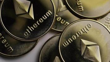 colpo rotante di bitcoin ethereum (criptovaluta digitale) - bitcoin ethereum 0030