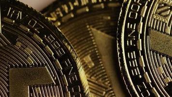 Tiro giratorio de bitcoins (criptomoneda digital) - bitcoin monero 058 video
