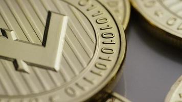 colpo rotante di bitcoin litecoin (criptovaluta digitale) - bitcoin litecoin 0036