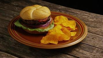 Foto giratoria de deliciosa hamburguesa y papas fritas - BBQ 162