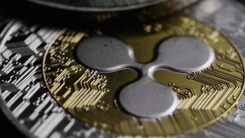 rotierende Aufnahme von Bitcoins (digitale Kryptowährung) - Bitcoin-Welligkeit 0114