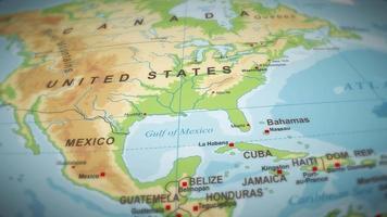 volo di mappa del mondo di geografia su sfondo video
