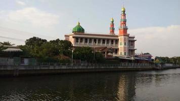 Yam i ya tun mezquita musulmana (surao daeng) en Bangkok, Tailandia video