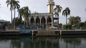 una moschea ia ti som a bangkok, thailandia video