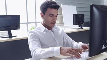 Businessman working at the office video