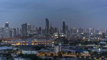 crucero por el río chao phraya a través de bangkok video