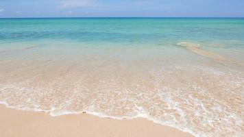 oceano spiaggia tropicale