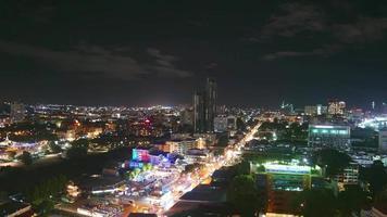 ville de pattaya la nuit en thaïlande video