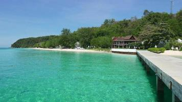 tropiskt strandhus video