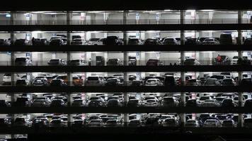 construção de estacionamento video